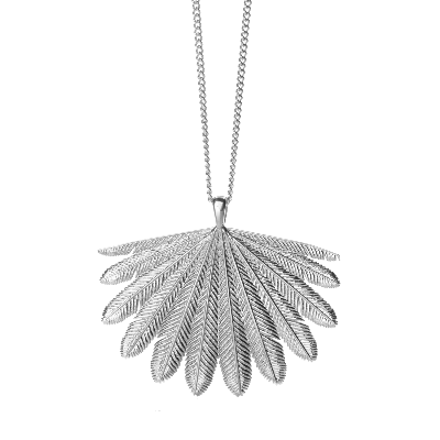 fan-tail-boh-runga-necklace2.png